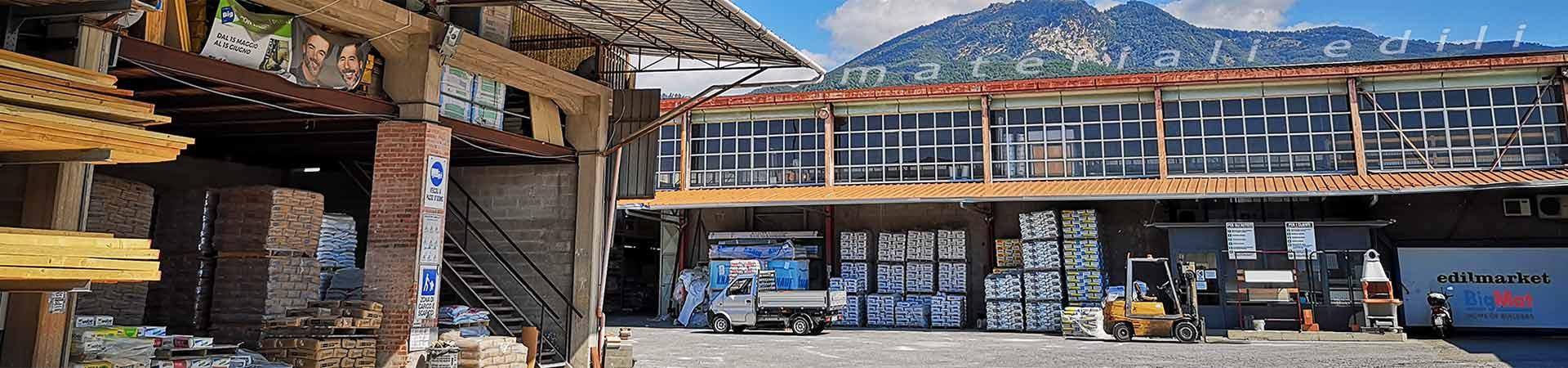 Produzione di tetti in legno, solai, e ferramenta a Massa Carrara in Toscana